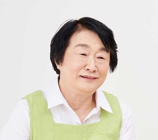 鵜飼 陽子